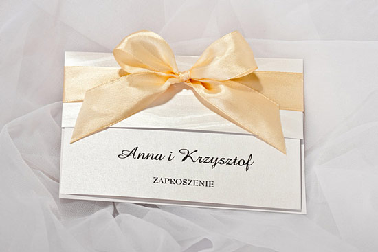 Piękne zaproszenia ślubne z kokardą